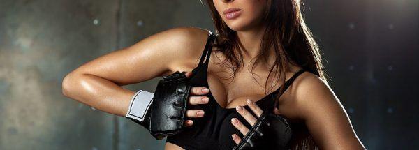 упругая грудь с упражнениями